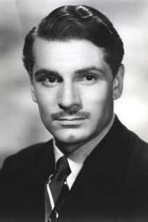 Laurence Olivier photo 5