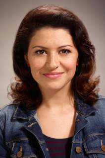 Alia Shawkat photo 10