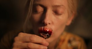 Only Lovers Left Alive photo 17